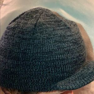 Hurley Beany with Visor One Size, Good-Condition